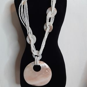 5/50% off gorgeous beaded shell necklace